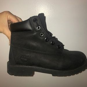 Black timberland boots...size 7